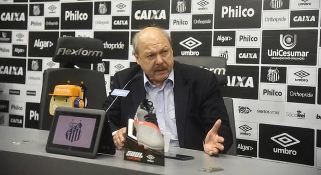 José Carlos Peres é quem comandará o planejamento do Santos na próxima temporada