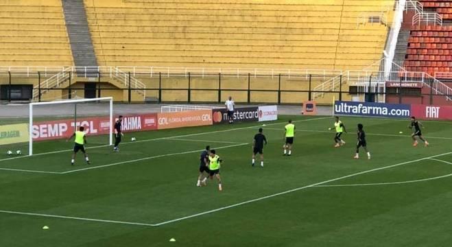 Seleção brasileira iniciou preparação no Pacaembu, em São Paulo