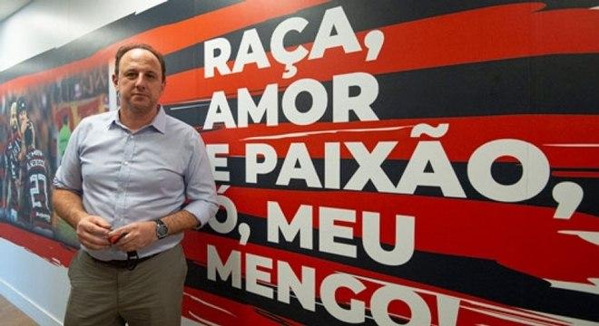 Rogério Ceni foi apresentado ao Flamengo na tarde da última terça-feira