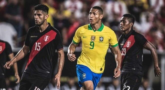 Duelo entre Brasil e Peru não acontecerá no mês de março