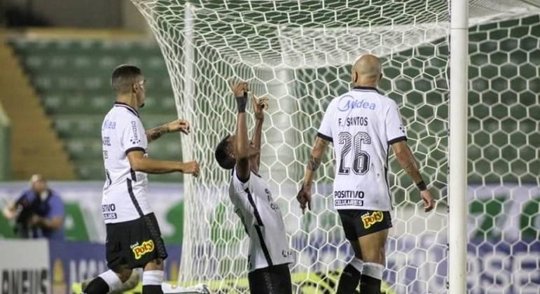 Cauê fez primeiro gol com a camisa corintiana