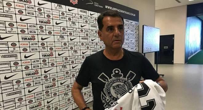 Jorge Kalil criticou a postura adotada pelo ex-zagueiro