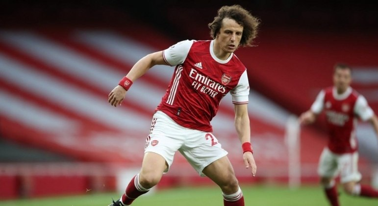 David Luiz disputou a última temporada com a camisa do Arsenal, da Ingllaterra