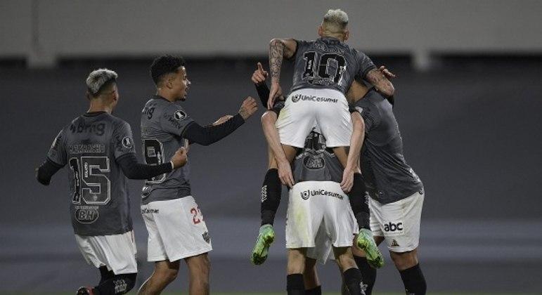 Jogadores do Atlético-MG comemoram o gol de Nacho contra o River