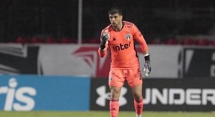 São Paulo, de Volpi, levou cinco gols em dois jogos