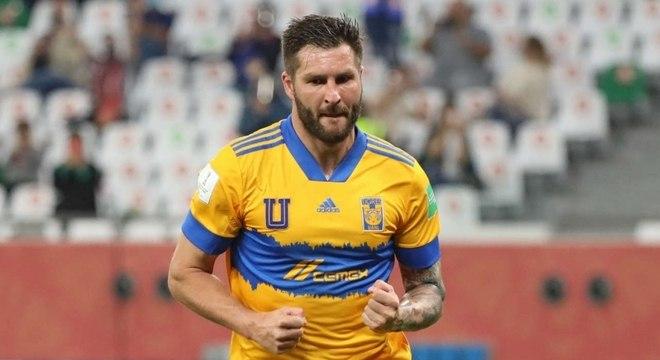 Gignac fez gol e provocou o Palmeiras durante o Mundial de Clubes