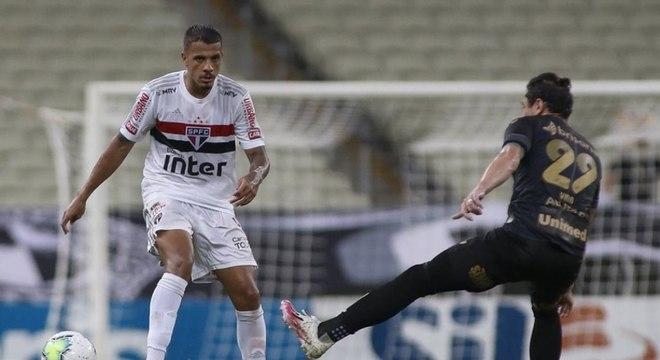 Diego Costa teve bons momentos em 2020, mas perdeu espaço no São Paulo