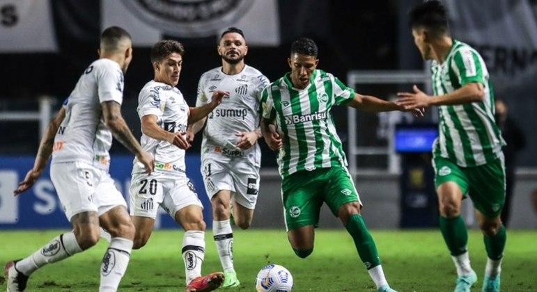 Em um jogo feio, o Santos não teve inspiração e apenas empatou em 0 a 0 com o Juventude