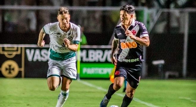 Vasco perdeu para o Goiás em São Januário por 1 a 0 no primeiro jogo