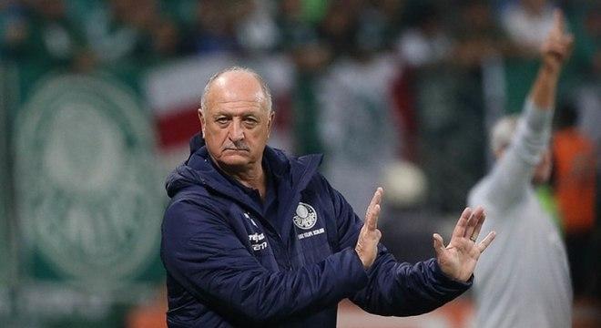 Felipão acredita que oito clubes estão na briga pelo título do Brasileirão