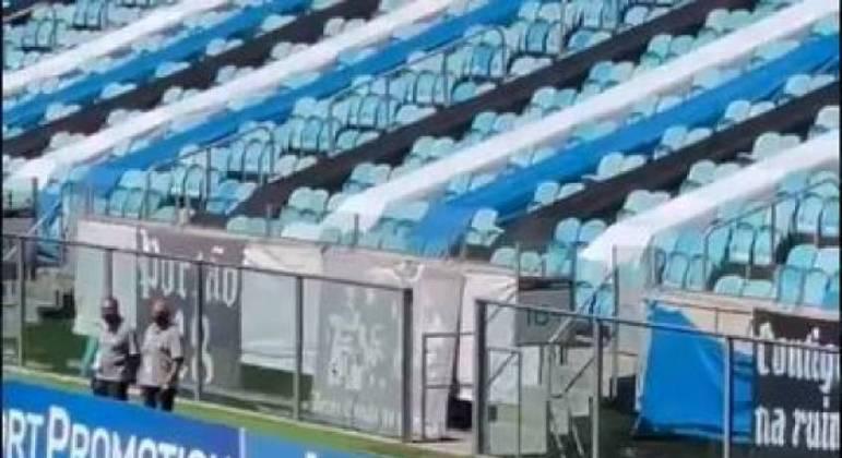 Grêmio venceu o Ceará por 2 a 0 em casa na manhã deste domingo (12)
