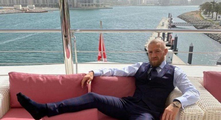 McGregor costuma ostentar nas redes sociais