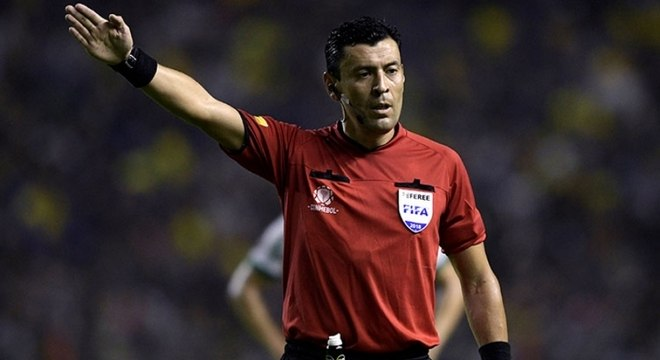 Roberto Tobar, do Chile, será o juiz da final da Libertadores