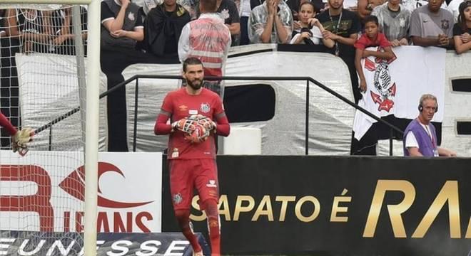 Vanderlei desabafou sobre comportamento do Santos na busca por goleiro