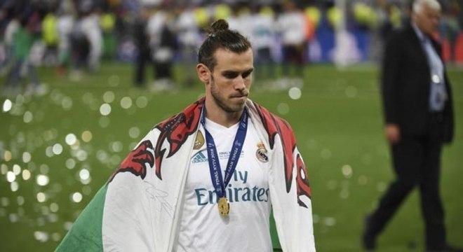 Vai ou fica? Bale ainda não definiu seu futuro