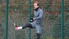 Harry Kane volta a treinar com o Tottenham dias antes de duelo contra o Manchester City