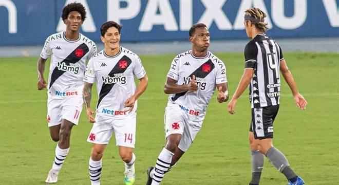 Ribamar foi titular e deixou o seu no clássico com o Botafogo
