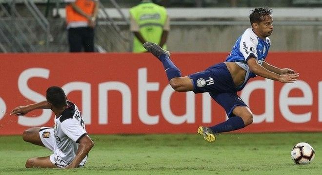 Gustavo Scarpa deu uma assistência na vitória do Palmeiras sobre o Melgar, do Peru