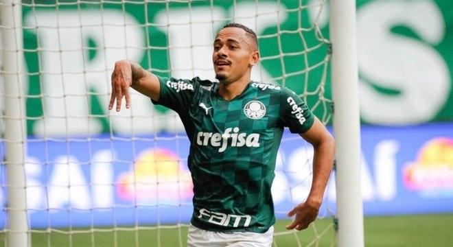 Rafael Elias foi o autor do segundo gol da vitória do Palmeiras sobre a Ferroviária