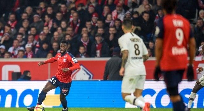 PSG precisava apenas do empate para ser campeão, mas foi goleado pelo Lille