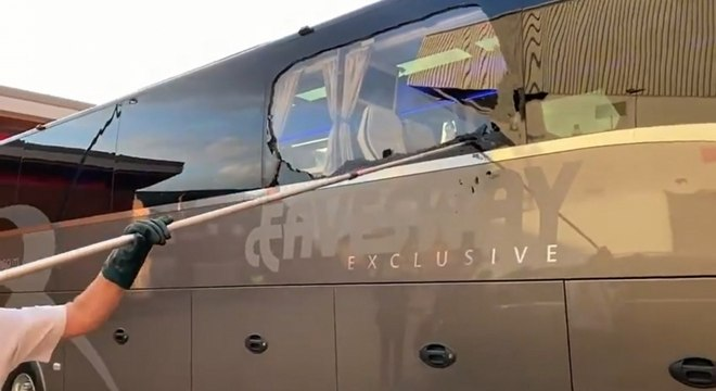 Ônibus do Real foi vandalizado por torcedores do Liverpool