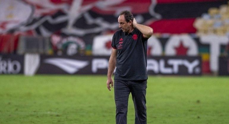 Flamengo terá seus jogos remarcados após convocação de 4 atletas para as seleções