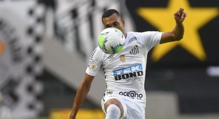 Lucas Braga quer renovar com o Peixe
