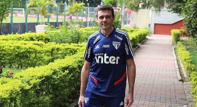 Luis Fernando de Barros é fisiologista do São Paulo desde janeiro