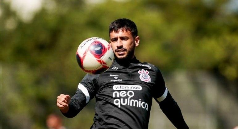 A pedido de Diniz, Santos fecha contratação de Camacho, que estava no Corinthians
