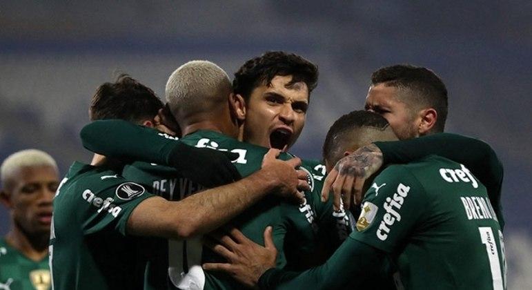 Raphael Veiga fez o gol da vitória do Palmeiras sobre a Universidad Católica
