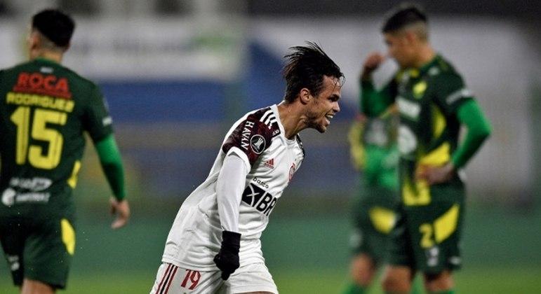 Michael fez o gol da vitória do Flamengo na Argentina