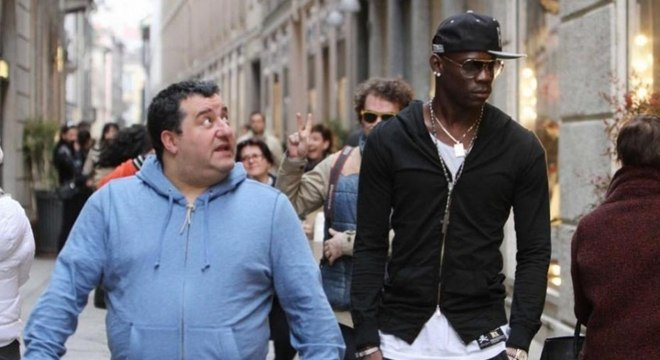 Balotelli, cogitado no clube do Flamengo, quer voltar para a Itália segundo TV