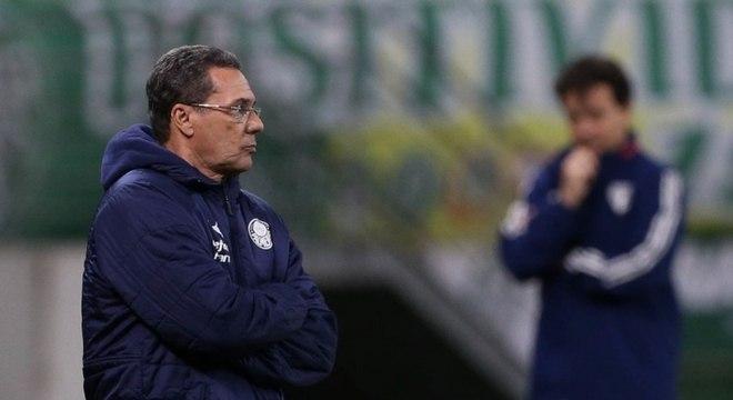 Luxa perdeu para Botafogo e São Paulo e está pressionado