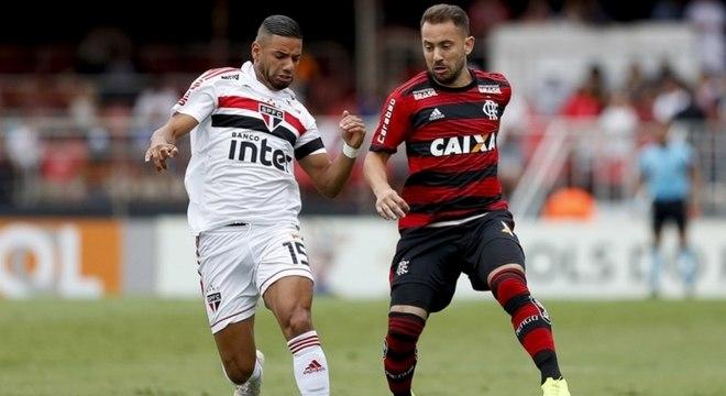 Morumbi foi palco de Flamengo e São Paulo no início de novembro