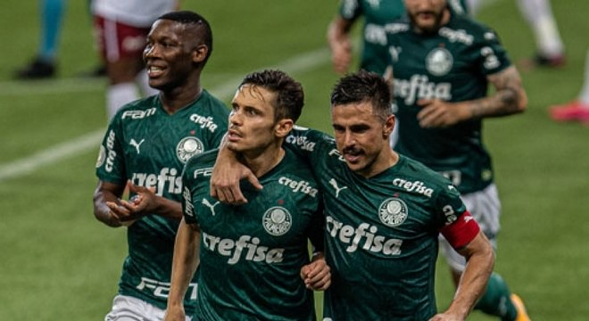 Raphael Veiga foi o destaque da vitória do Palmeiras no Allianz Paruqe