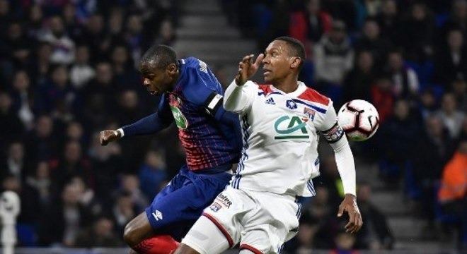 Marcelo faz boa temporada com o Lyon