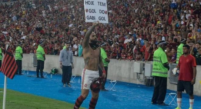 Gabigol inicia busca pela quarta artilharia da Copa do Brasil