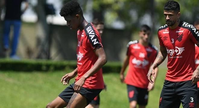 Athletico Paranaensa vai ser mais prejudicado que Coritiba e Paraná