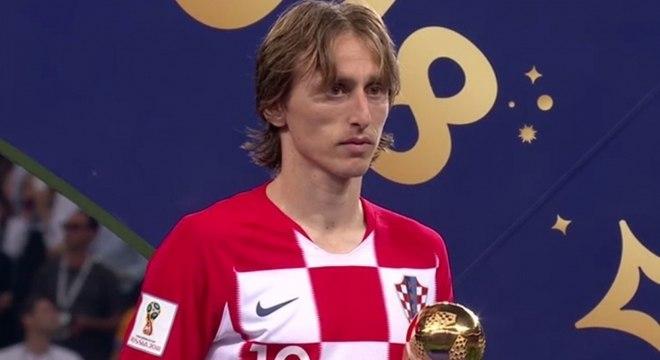 Modric recebeu o prêmio de melhor jogador da Copa do Mundo