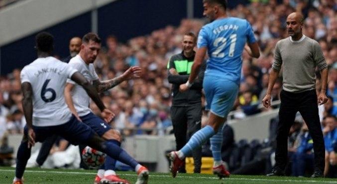 Time de Pep Guardiola é derrotado na 1ª rodada do Campeonato Inglês