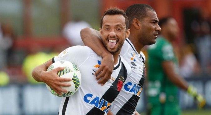 Nenê, aos 40 anos, rescindiu seu contrato com o Fluminense
