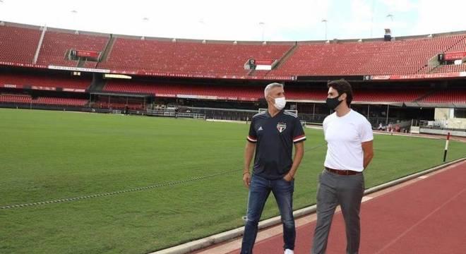 Crespo conheceu instalações do São Paulo acompanhado do ídolo Kaka