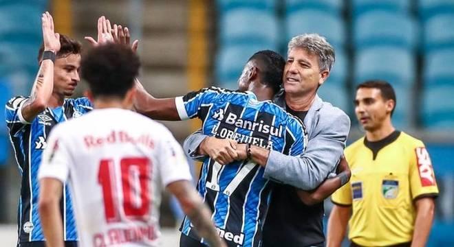 Renato Gaúcho ganha força nos bastidores do Flamengo
