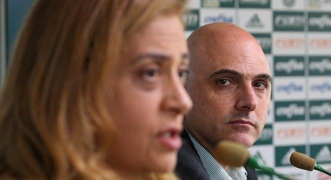 Palmeiras não 'caminha com as próprias pernas', segundo Amir Sommogi