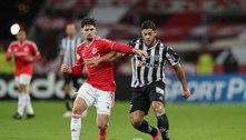 Atlético-MG controla jogo e derrota Internacional no Beira-Rio
