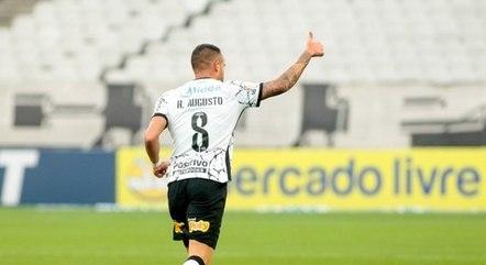 Renato Augusto fez gol em sua reestreia