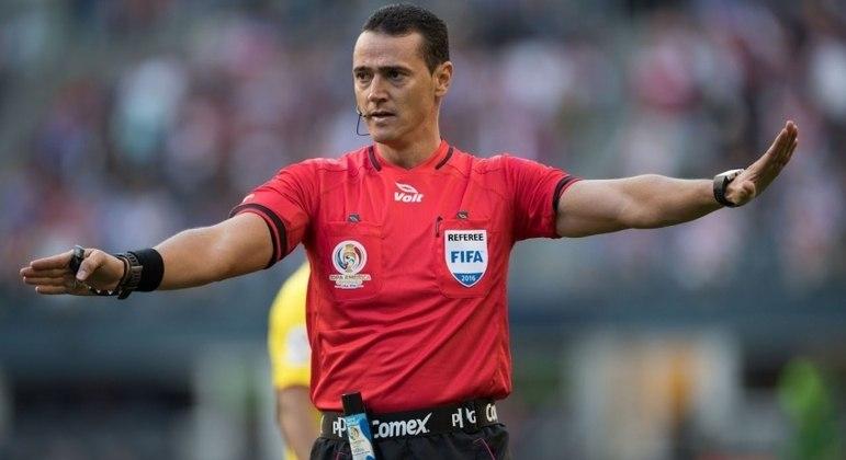 Wilmar Roldán é desafeto antigo por parte do São Paulo, que enfrenta o Palmeiras nesta terça