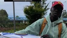 Vinícius Jr. dá camisa autografa do Real a senegalês estrela do Tik Tok
