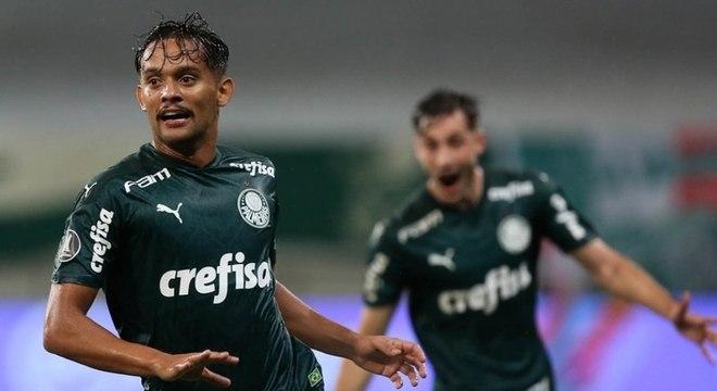 Scarpa fez um dos gols do Palmeiras contra o Libertad