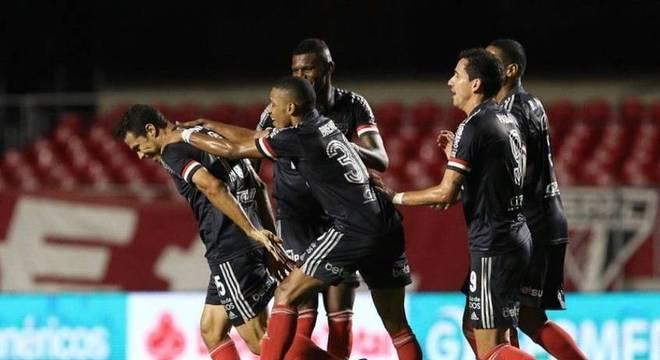 São Paulo tem jogo decisivo contra o Atlético-MG